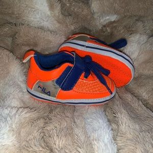 Fila baby shoes